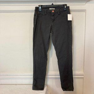 NWT Refuge Size 6 Gray NEW Stretchy Skinny Jeans